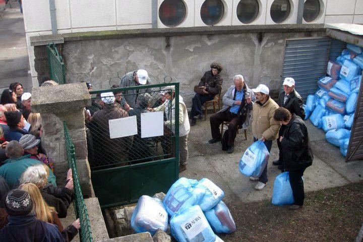Zimska pomoć žrtvama zemljotresa u Kraljevu