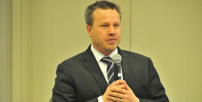 Čad Stjuart, pastor Adventističke crkve u Spenservilu u državi Merilend, SAD
